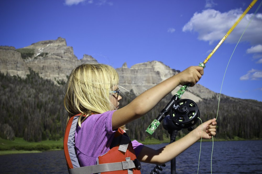 dubois_wyoming_kids_fly_fishing_brooks_lake_1_20140711_1186618320